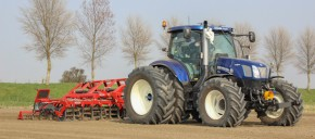 New Holland T6.160 Blue Power met Steketee SuperSprint